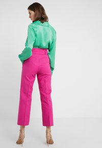 MAX&Co. - CANDORE - Pantalon classique - plum - 2