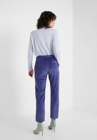 MAX&Co. - DIVINITA - Broek - light blue - 2