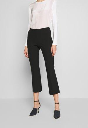 META - Trousers - black