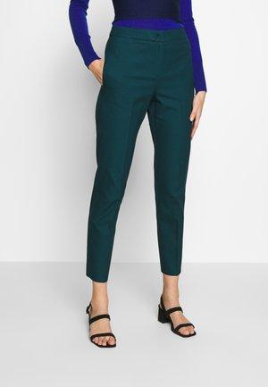 CASERTA - Pantalon classique - green