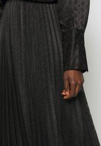 MAX&Co. - PRINCIPE - Áčková sukně - dark grey - 4