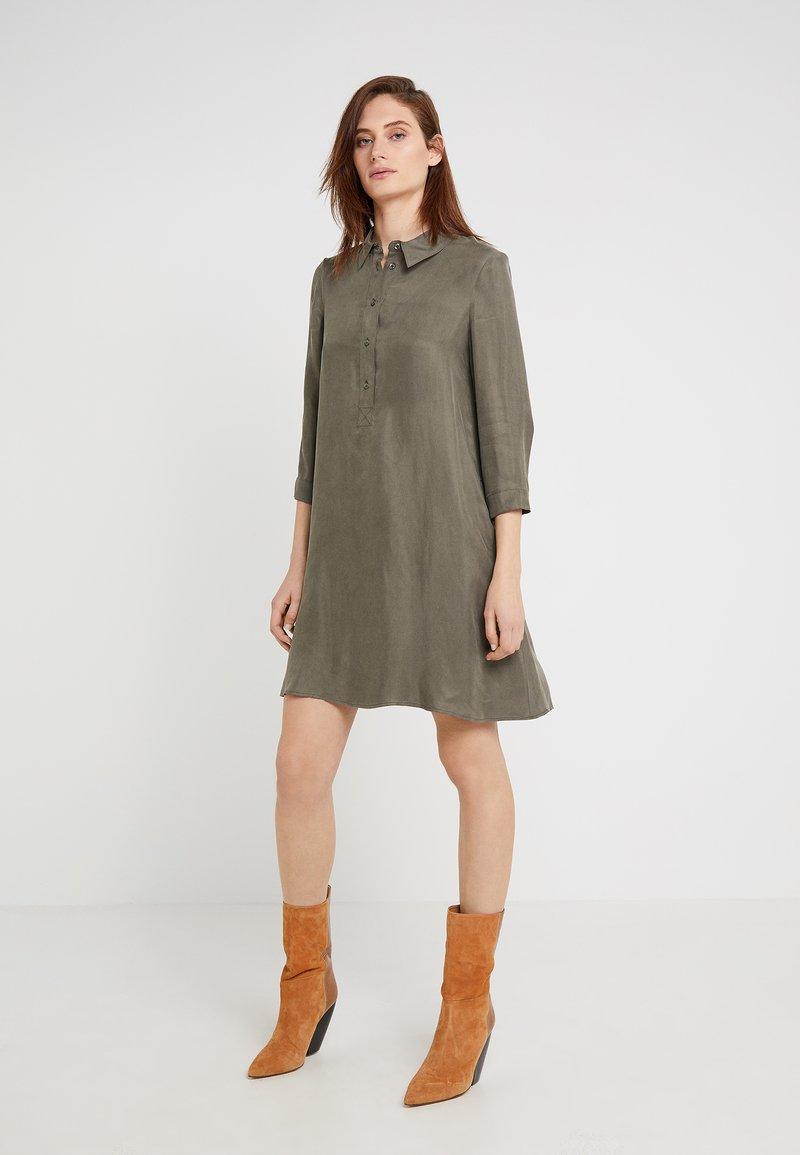 MAX&Co. - DINTORNO - Blusenkleid - khaki green
