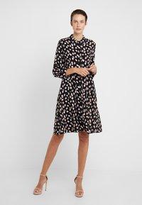 MAX&Co. - DIONISO - Robe d'été - black pattern - 0