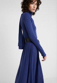MAX&Co. - DRENARE - Robe pull - blue - 3