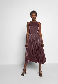 MAX&Co. - PARGOLO - Sukienka koktajlowa - brown - 0