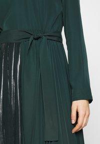 MAX&Co. - PARLANTE - Robe d'été - bright green - 6