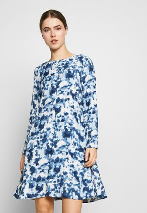CAPPERO - Sukienka letnia - white