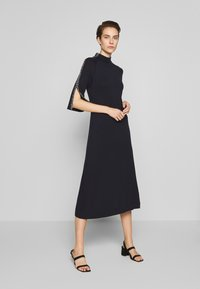 MAX&Co. - PREGIO - Strikket kjole - midnight blue - 0