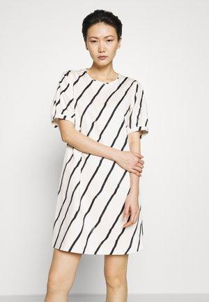 CELESTE - Korte jurk - white/black