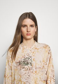 MAX&Co. - CAUSA - Shirt dress - powder pink - 4
