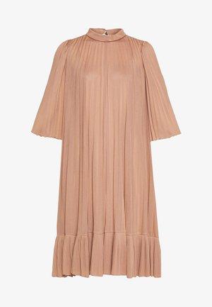 PAGANTE - Koktejlové šaty/ šaty na párty - powder pink