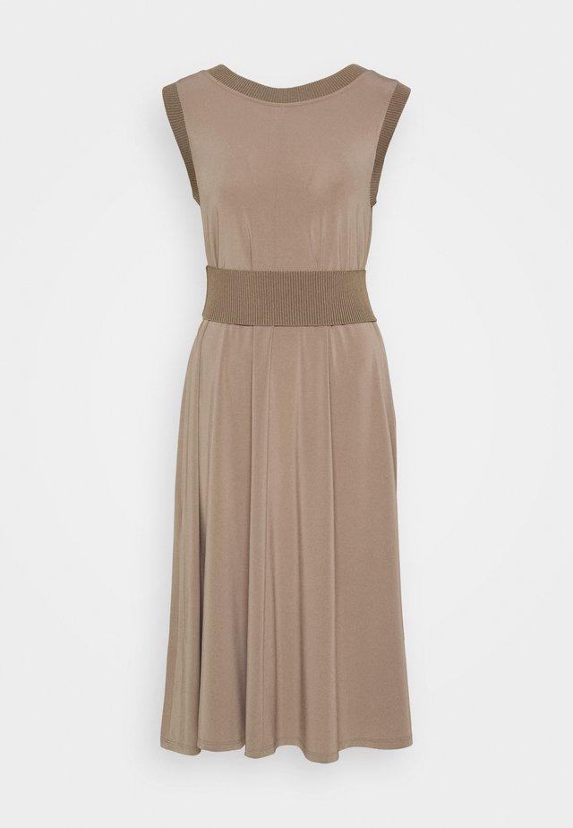 CREATIVO - Jersey dress - dove grey