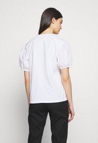MAX&Co. - DARK - Basic T-shirt - optic white - 2
