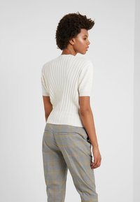 MAX&Co. - DODICI - T-shirts med print - ivory - 2