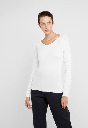 CORINNE - Pullover - white