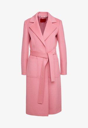 RUNAWAY - Manteau classique - pink