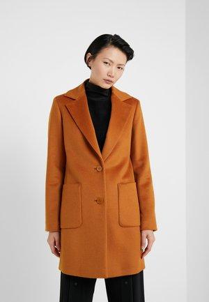 DECAEDRO - Manteau court - orange