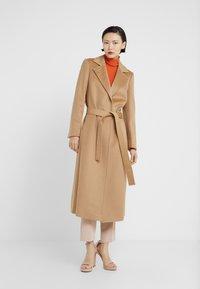 MAX&Co. - LONGRUN - Płaszcz wełniany /Płaszcz klasyczny - camel - 0
