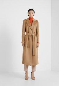 MAX&Co. - LONGRUN - Płaszcz wełniany /Płaszcz klasyczny - camel - 1