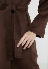 MAX&Co. - LONGRUN - Zimní kabát - brown - 5