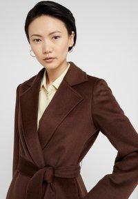MAX&Co. - LONGRUN - Zimní kabát - brown - 3
