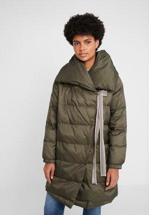 IRINA - Zimní kabát - kaki
