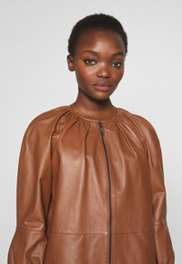 MAX&Co. - DEPONGO - Veste en cuir - brown - 5