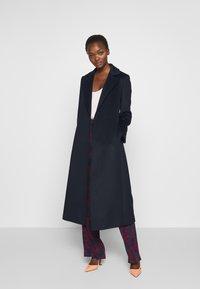 MAX&Co. - LONGRUN - Płaszcz wełniany /Płaszcz klasyczny - midnight blue - 1