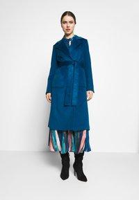 MAX&Co. - RUNAWAY - Płaszcz wełniany /Płaszcz klasyczny - navy blue - 0