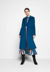 MAX&Co. - RUNAWAY - Płaszcz wełniany /Płaszcz klasyczny - navy blue - 1