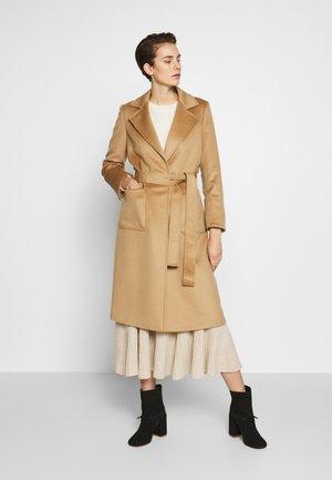 RUNAWAY - Cappotto classico - camel