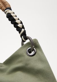 MAX&Co. - MANTA - Shopping Bag - cardium green - 5
