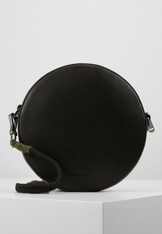 DOTBAG - Taška spříčným popruhem - black