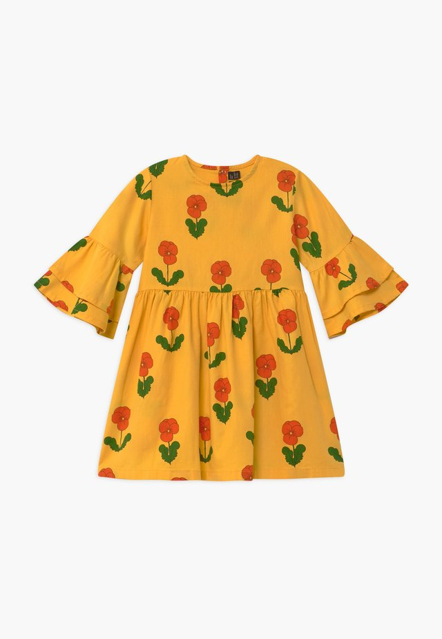 VIOLAS FLARED SLEEVE - Shirt dress - yellow