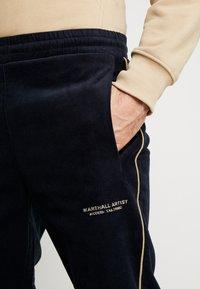 Marshall Artist - TRACK PANT - Kalhoty - navy - 5