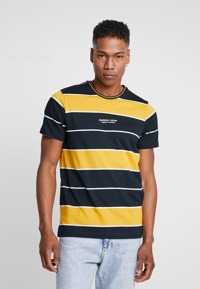 HOOP STRIPE - T-shirt print - navy/mustard