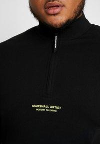 Marshall Artist - SIREN FUNNEL NECK - Langærmede T-shirts - black - 5