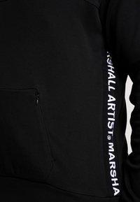 Marshall Artist - TAPED HOOD - Mikina skapucí - black - 5