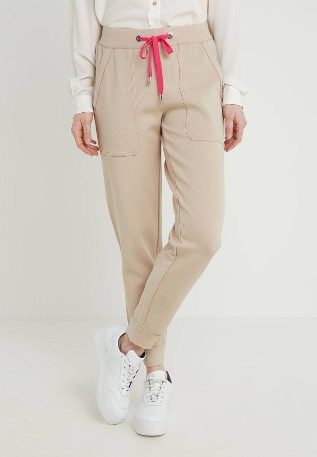 Tracksuit bottoms - sand/pink
