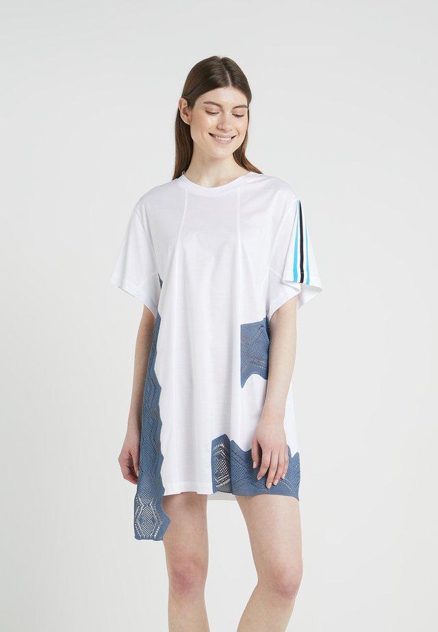 ABITO  - Robe en jersey - white