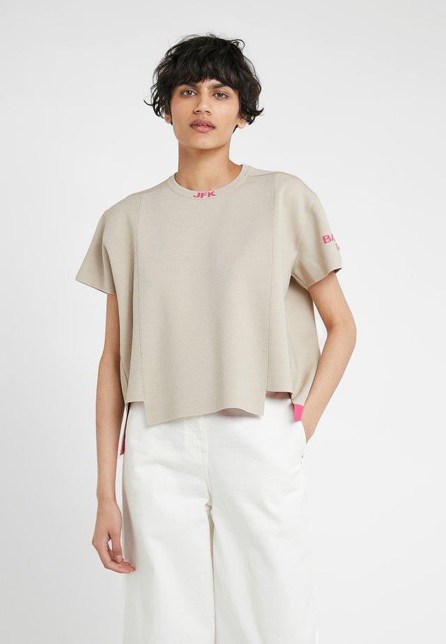 T-shirt imprimé - sand/pink