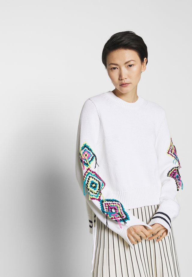HANDMADE EMBROIDERY - Strickpullover - white