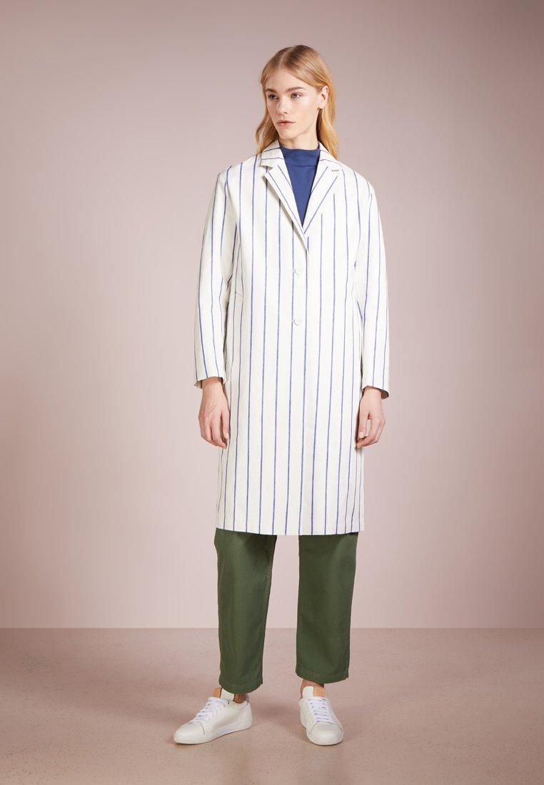 Mackintosh - Classic coat - off-white