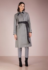 Mackintosh - Trenchcoat - houndstooth - 0