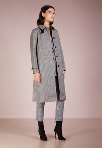 Mackintosh - Trenchcoat - houndstooth