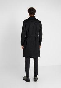 Mackintosh - DOWNFIELD - Trenchcoat - black - 2