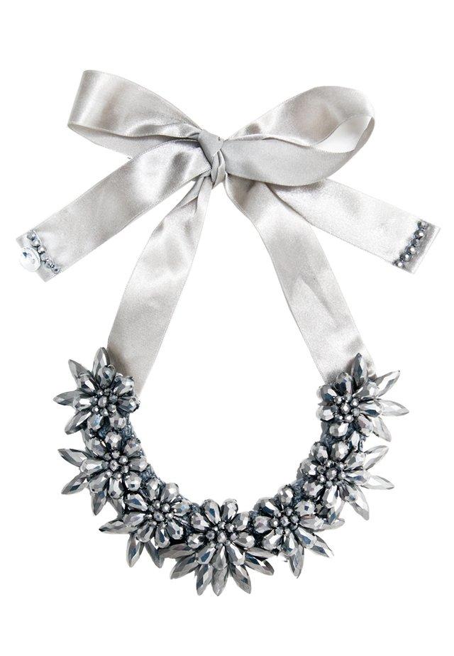 Necklace - metalllic grey