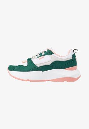 Trainers - soft verde/suprima blanco/soft coral