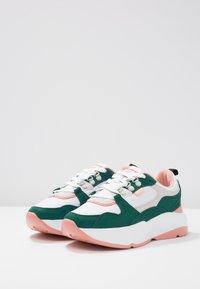 mtng - Sneakers - soft verde/suprima blanco/soft coral - 4