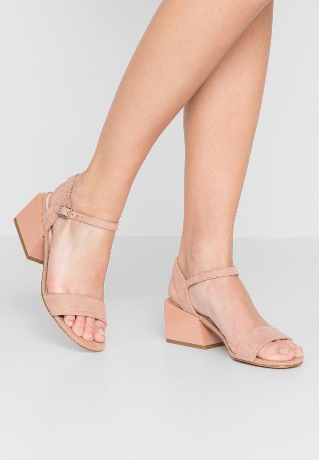 Sandals - antil nude